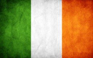 ireland_grunge_flag_by_think0